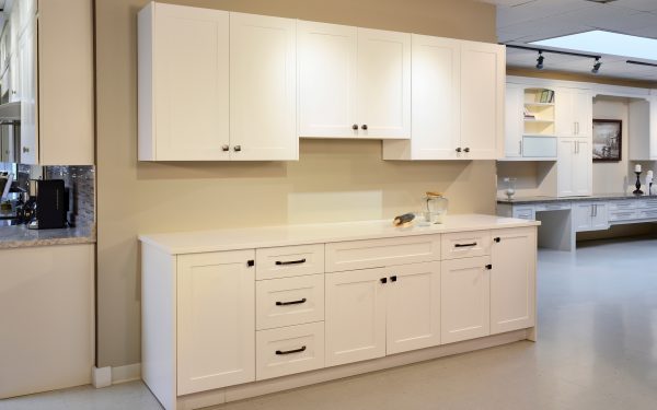 Classic Wood Cabinetry - Shaker Snow White Sample Kitchen