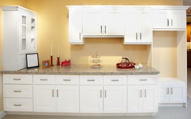 Classic Wood Doors - Shaker White Sample Kitchen